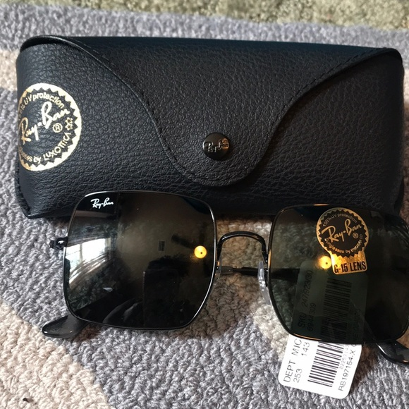 Ray-Ban Accessories - Ray Ban Blk sunglasses